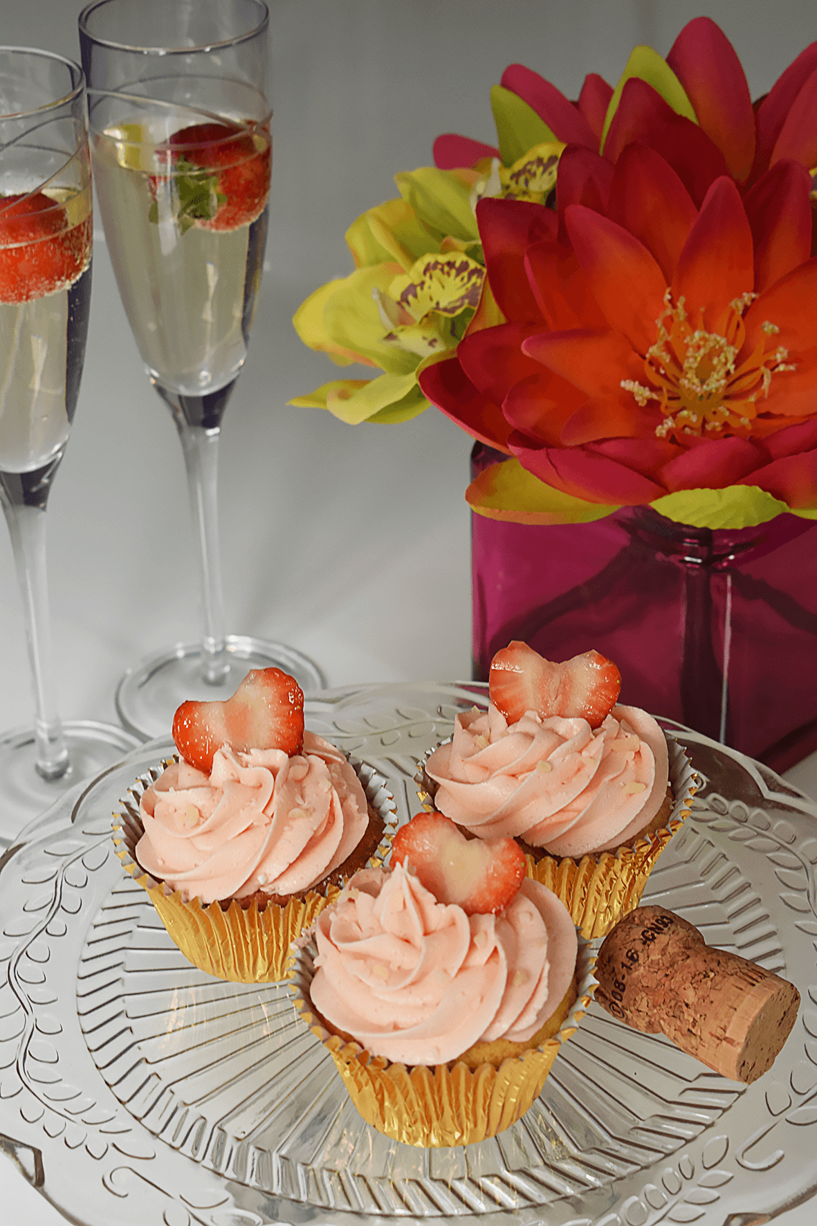 cupcakes and prosecco