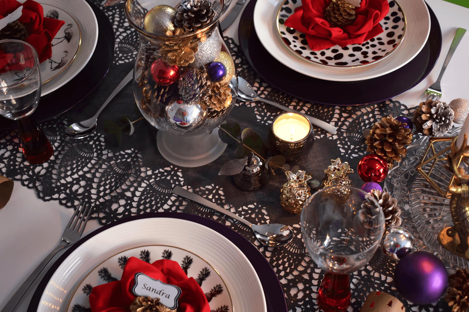 Create a Glam Colour Christmas Table Setting