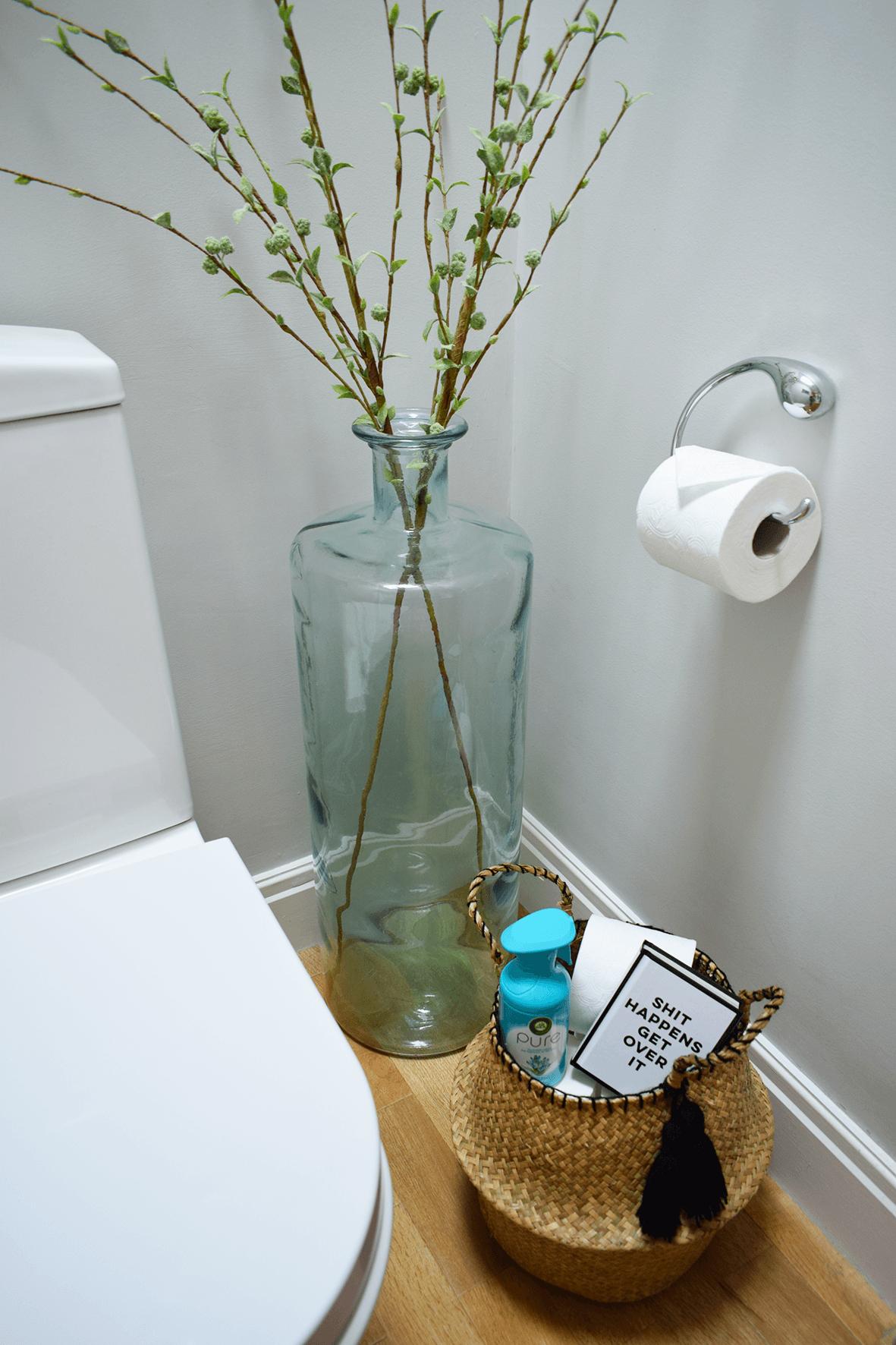 DIY Belly Basket Bathroom Storage